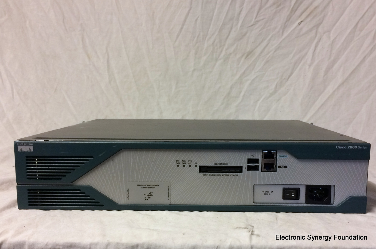 Cisco 2851 2-Port Gigabit Wired Router SW091079 – Electronic Synergy ...